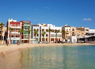 featured-image-malta-destinație-de-vacanță-pretty-bay-plaja-blog-calator