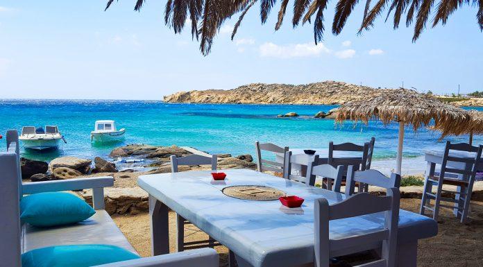 plaja paraga mykonos paradisul din marea egee