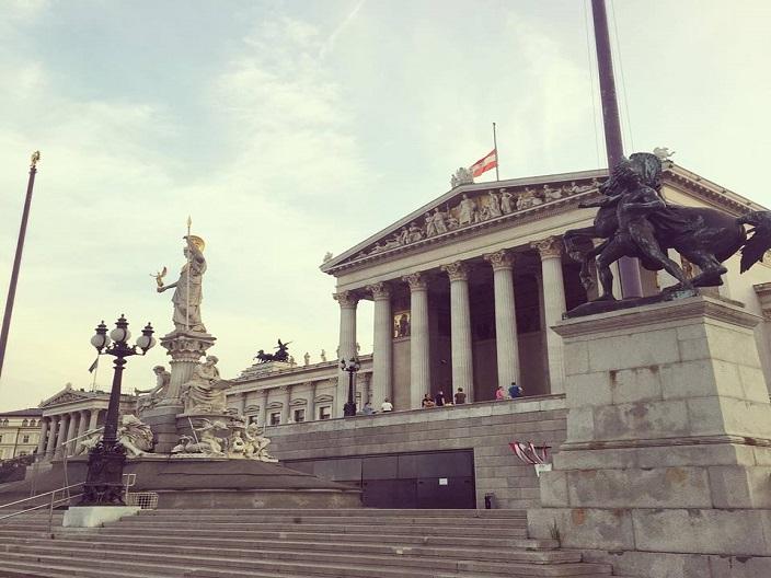Cladirea Parlamentului Viena Blog Calator