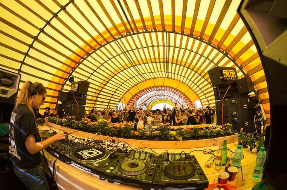 sunwaves festival top 5 festivaluri romania mamaia by blog calator