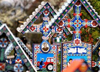 Cimitirul Vesel Sapanta Maramures Blog Calator
